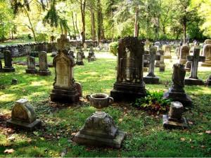 Graveyard Photo by Don Struke