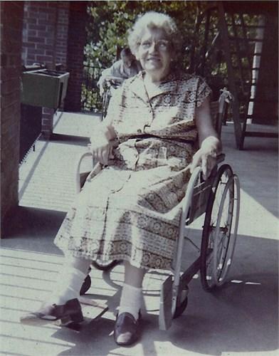 Lottie L Taylor Chambers